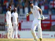 England won the second test by 9 wickets