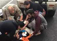 Sikh man who removed turban to help injured child is rewarded by strangers