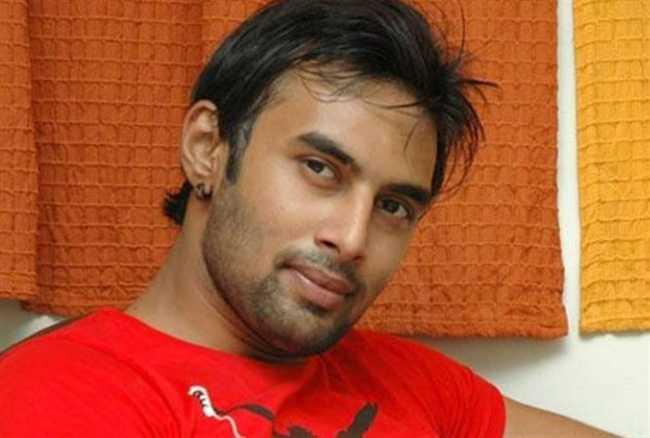 Pratyusha Banerjee boyfriend Rahul CAUGHT dirty dancing with a woman at a night club
