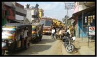 पथरगामा मुख्य बाजार में लगा जाम