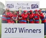 इंग्लैंड ने द. अफ्रीका को तीसरे टी-20 में हराया, 2-1 से जीती सीरीज़