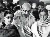 A PIL files in mumbai high court to investigate mahatma gandhi murder again