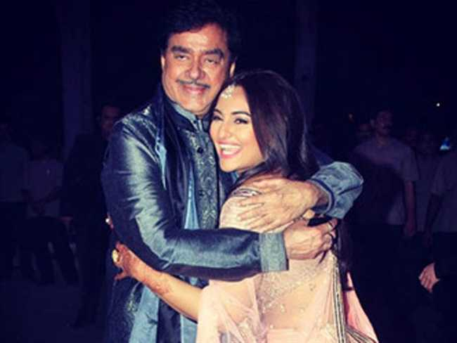 shatrughan sinha appreciated actress and loving daughter sonakshi sinha