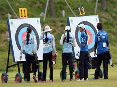 Indian women archery team still in medal contention while mens crash out