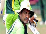 Waqar complains of Umar's behaviour in World Cup report to PCB
