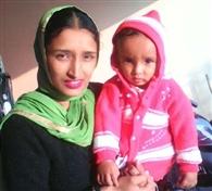 विवाहिता ने बच्चे समेत नहर में लगाई छलांग