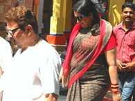 Smriti Irani bagalamukhi mother arrived with her husband court