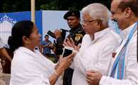 "Lalu asked mamta bannerji to bacame  prime minister? She said: ""You people must be '"