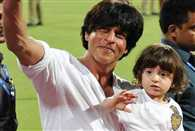 Shahrukh Khans son AbRam celebrates birthday 30,000 feet in air