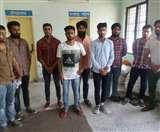 दूसरों की जगह परीक्षा दे रहे थे नौ मुन्ना भाई, गिरफ्तार