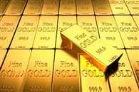 gold may cross 33000 benchmark till next year
