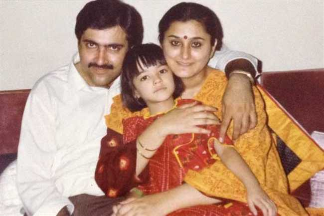 Kriti Sanon mother shares a cute childhood photo of the birthday girl