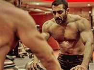 Salman Khan shares Anupam Kher's gym picture
