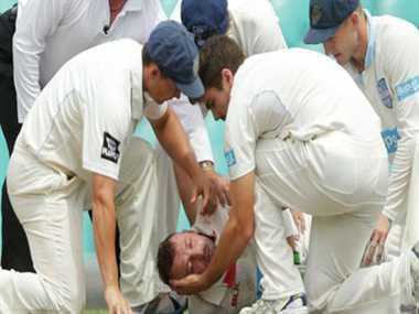 condolences of cricket world on Phil Hughes died
