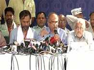 fight in aap national council meeting