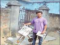 National bodybuilder now become news paper seller.
