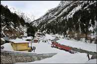 Gaumukh the difficult path of continuous snowfall