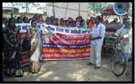 हक और अधिकार को ले महिलाओं ने निकाला जुलूस