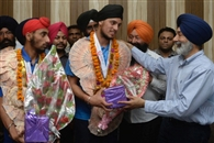'फ्लोर' हाकी में स्पेशल विद्यार्थियों ने दिखाया जोर, वियाना में जीता गोल्ड