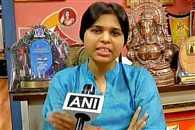 Trupti Desai to lead peaceful protest at Haji Ali