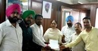 बीएड अध्यापकों ने शिक्षा मंत्री को सौंपा मांग पत्र