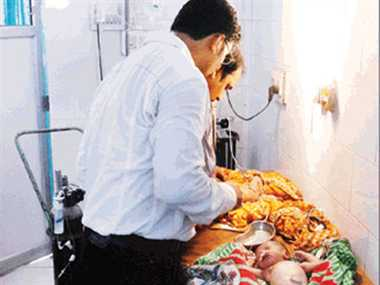 Doctors made a managed machine technology and save newborn baby in jamshedpur