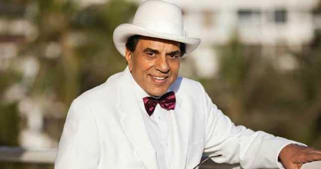 Bollywood Actor dharmendra hospitalished