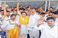 Smriti Irani Is Favorite Of Modi, Not Fit For Uttar Pradesh : Punia