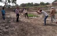 नए तालाब निर्माण से खिल उठेगा गांव