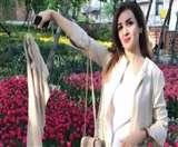 इरान: महिलाओं के ड्रेस कोड के विरोध में #whitewednesdays यूं करता है कैंपेन