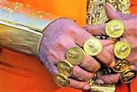 12 5kg of jewellery on him golden baba is a huge draw on kanwaria route