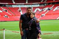 Pakistani cricket stars take families on Manchester United home tour