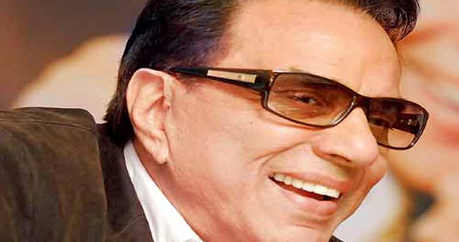 I feel shy when people compliment me for my looks: Dharmendra