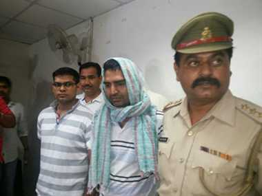 RTI activist and AAP party member nabbed in Bangalore
