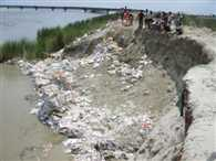 Guide dam was five days erosion