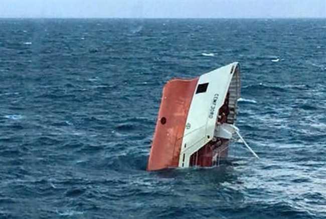 Indian cargo ship heading for Yemen sinks off Oman