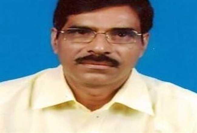 Madhukant Pathak surrenders in fraud case, gets bail