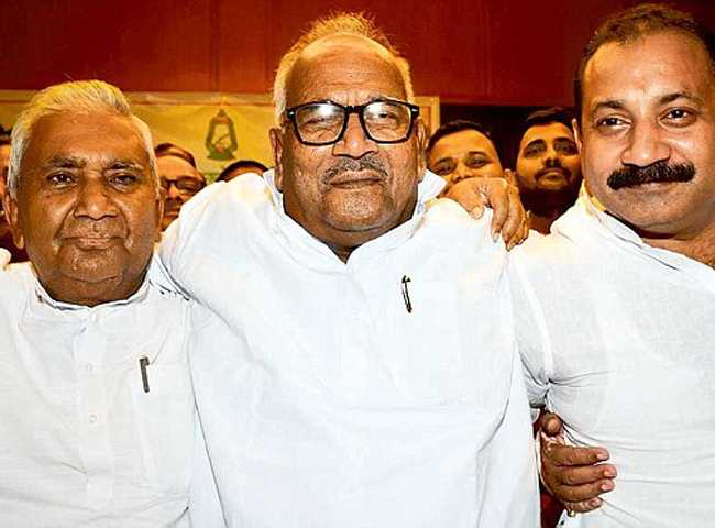 Bihar politics ,Bihar ruling party ,Mahagathbandhan ,congress,PM कैंडिडेट,महागठबंधन,घमासान,मामला