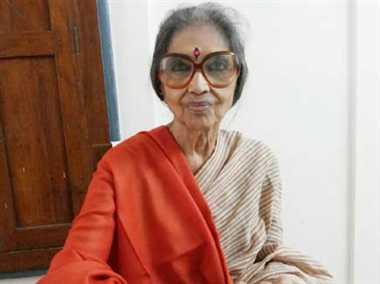 Narendra Modi living mahatma gandhi dream says tara gandhi