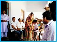 मेधावी छात्र-छात्राओं को मिला पुरस्कार