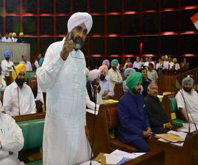 पंजाब विधानसभा: वित्तमंत्री मनप्रीत बादल ने पेश किया 293 करोड़ का लेखानुदान पास