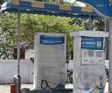 एसटीएफ को पेट्रोल की हाईटेक घटतौली में तीन आरोपियों की सरगर्मी से तलाश