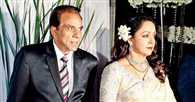 Dharmendra may undergo a shoulder surgery, says Hema Malini