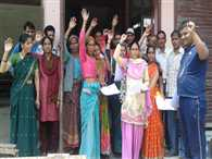 Protest by Villagers against bear bar