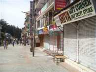 strike in manali, tourist facing problems