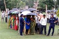 नेपाल के धिरकुटी में मतदान के दौरान विस्फोट