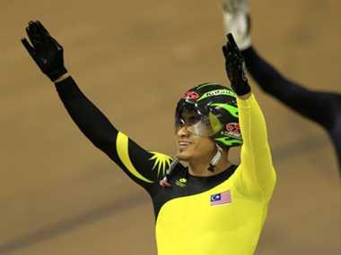Malaysian cyclist Azizulhasni Awang protest for Gaza during CWG