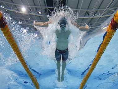 Australia lead in swimming at CWG