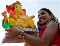 7.5 tonne 'maha laddu' kicks off Ganesh festival in AP