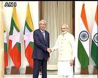 Ceremonial welcome for Myanmar President Htin Kyaw in Delhi
